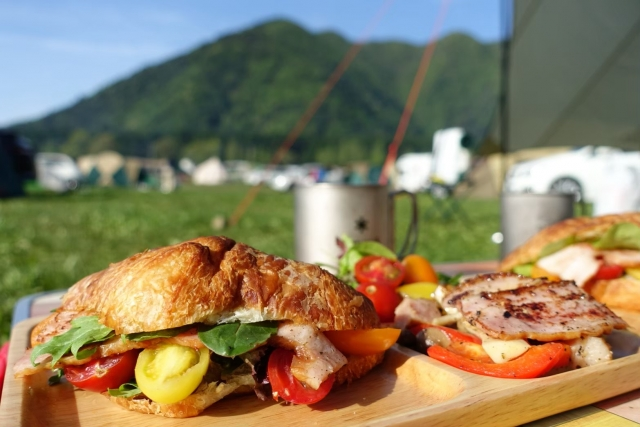 キャンプ飯に関する記事の一覧