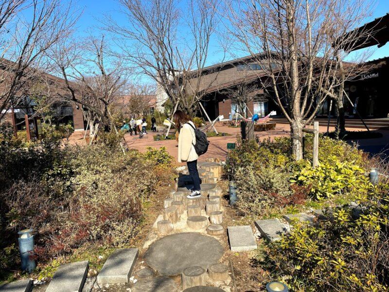 outdoorvillage3