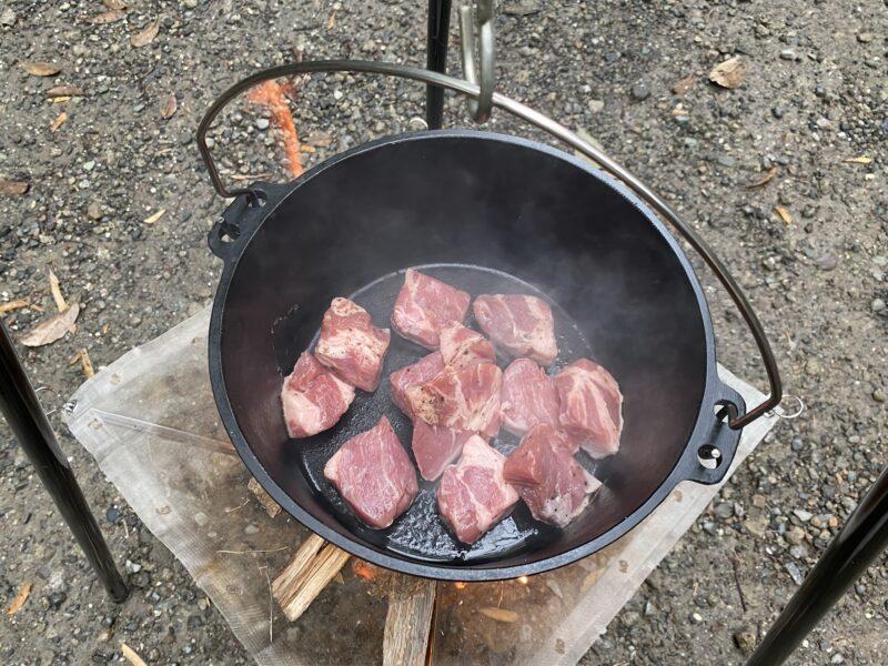 ダッチオーブン豚角煮