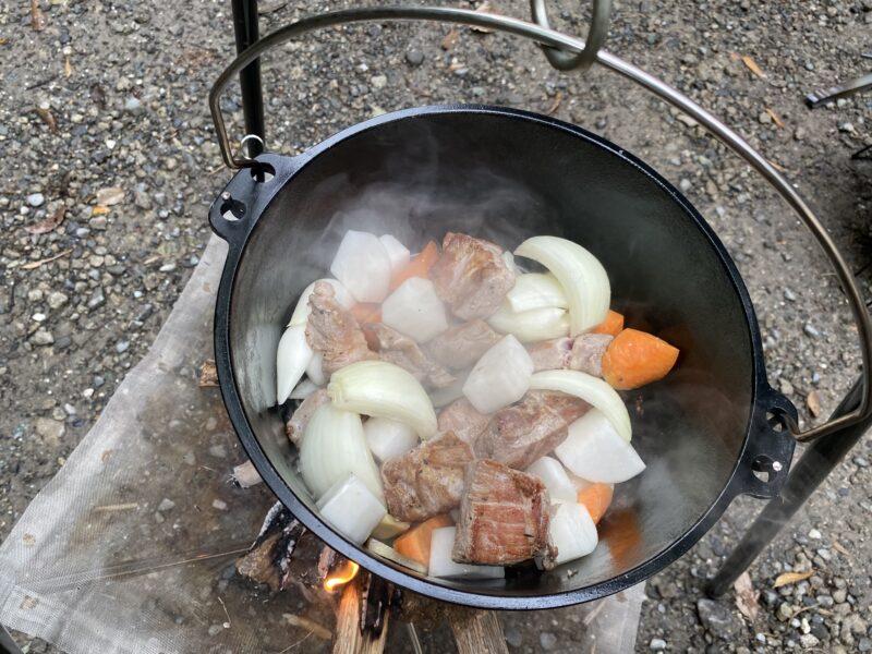 ダッチオーブン豚ブロック角煮2